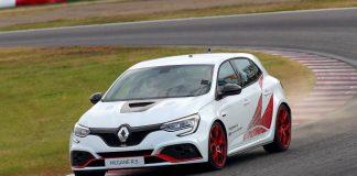 Renault Megane R.S. Trophy-R suzuka record
