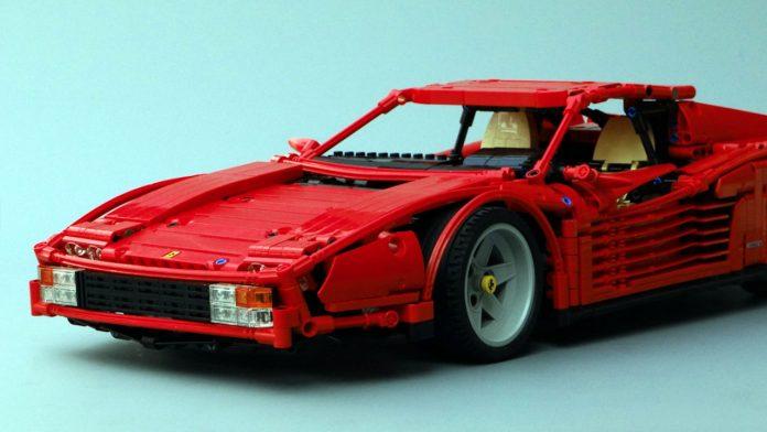 Ferrari Testarossa Lego