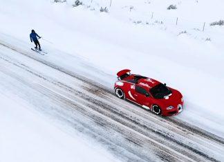 Bugatti Veyron ski χιόνια
