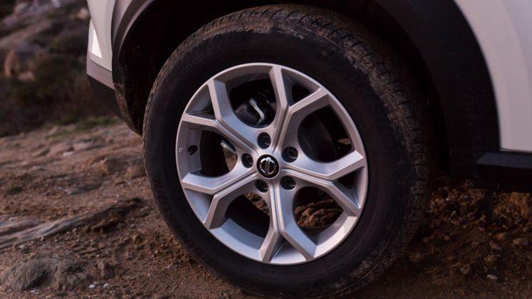 Nissan Juke 2020 Δοκιμή Traction