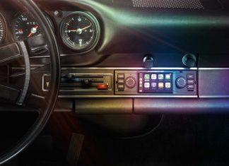 Porsche Classic communication management multimedia system