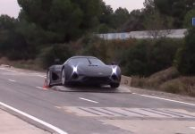 supercar tests koenigsegg