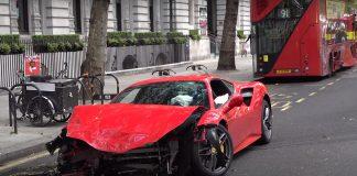 Ferrari 488 GTB ατύχημα Λονδίνο
