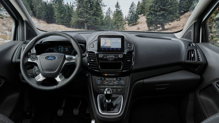 2020 Ford Tourneo και Transit Connect Active