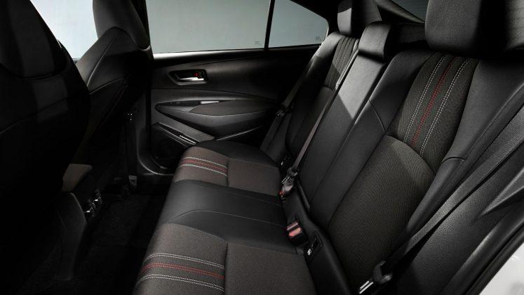 Toyota sedan GR Sport 2020