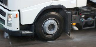 Ελαστικά φορτγηφά λεωφορεία, απαγόρευση