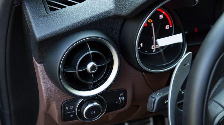 Alfa Romeo Stelvio Q4 Veloce δοκιμή traction