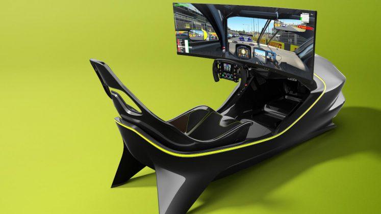 Aston Martin αγωνιστικός εξομοιωτής