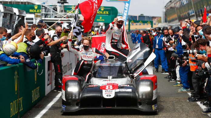Le Mans 24 Hours Toyota νικήτρια