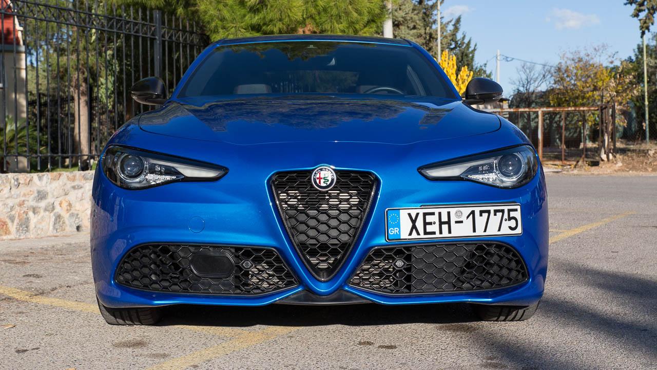 Δοκιμή Alfa Romeo Giulia Veloce Ti Q4 280 PS Traction