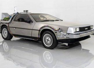 DeLoean DMC-12 Back to the Future replica