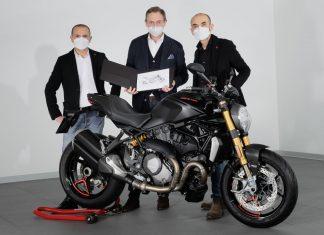 Ducati Monster ορόσημο