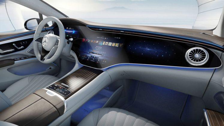 Mercedes EQS, MBUX Hyperscreen