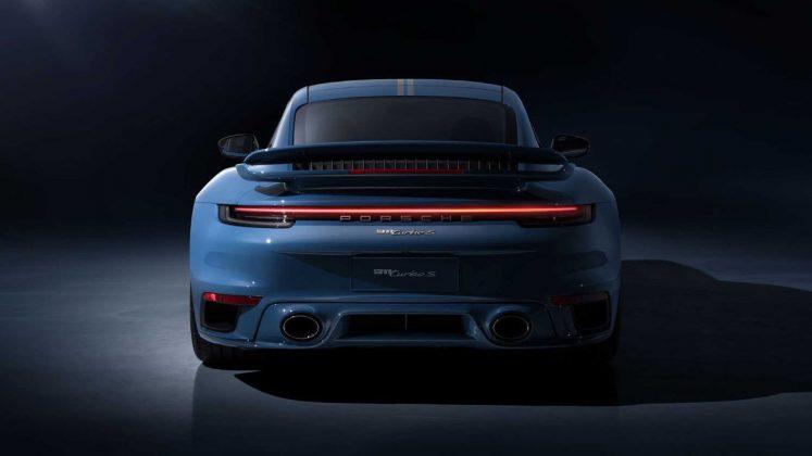 Porsche 911 Turbo S China 20th Anniversary Edition