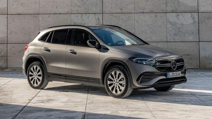 Νέα Mercedes EQA 300 4MATIC 2021