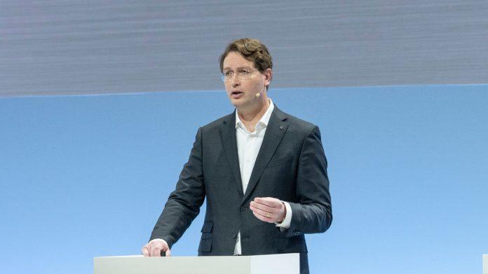 Ola Kallenius Daimler AG, θέσεις εργασίας